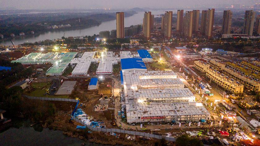 Tempo recorde. China constrói hospital para tratamento do coronavírus em dez dias