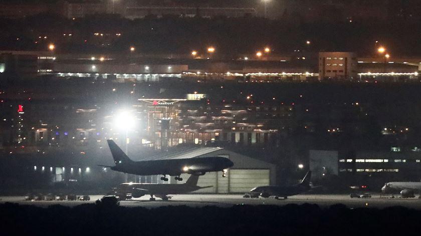Avião da Air Canada aterrou em segurança em Madrid após horas de sobressalto
