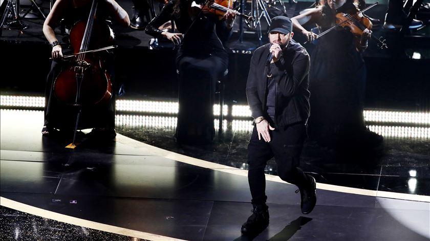 Comédia, Eminem, Billie Eilish e uma homenagem a Kobe Bryant. Os momentos que marcaram os Óscares 2020