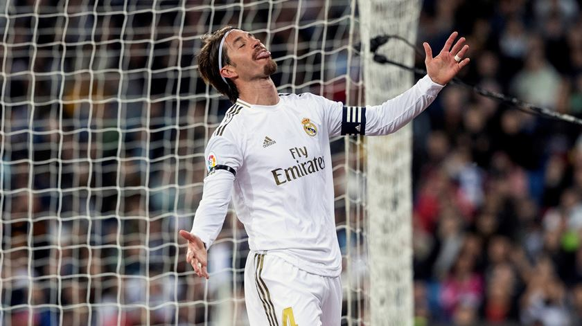 Real Madrid empata em casa