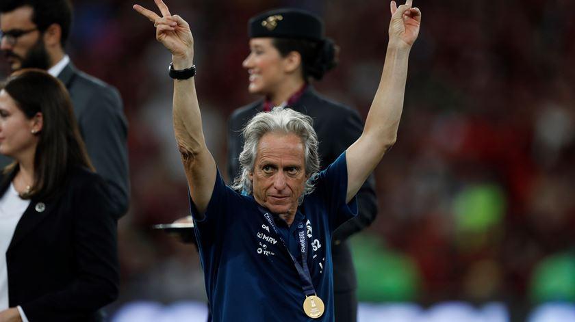 Flamengo vence Supertaça Sul-Americana, o quinto título de Jorge Jesus no Brasil
