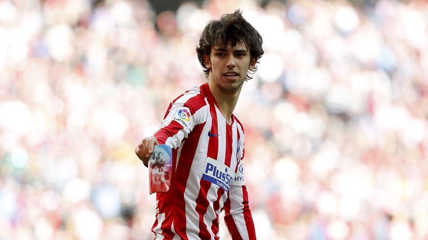 Covid-19. Atlético de Madrid corta salário a João Félix e companhia
