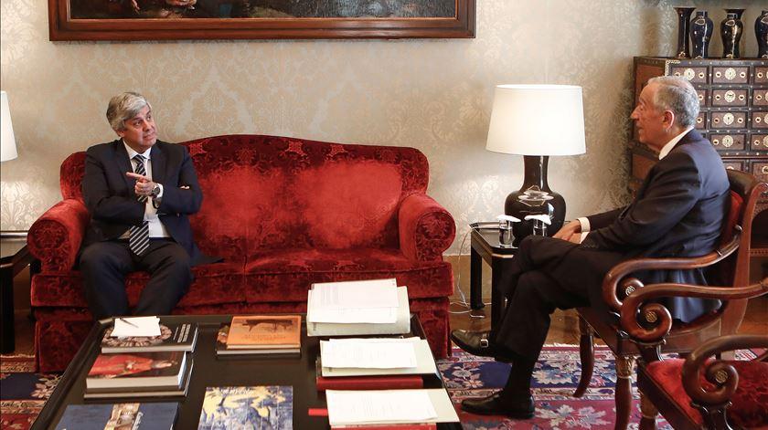 Presidente recebeu governador do Banco de Portugal (a pedido do próprio Centeno)