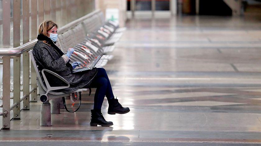 Itália perto dos 1.900 novos casos e com 17 mortos nas últimas 24 horas
