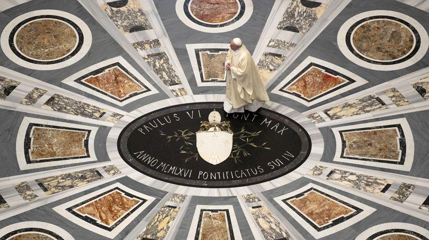"""""""Um homem da misericórdia"""". Francisco evoca centenário do nascimento de João Paulo II"""