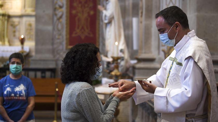 Braga. Seis pessoas assistiram à primeira missa pós-confinamento no Bom Jesus