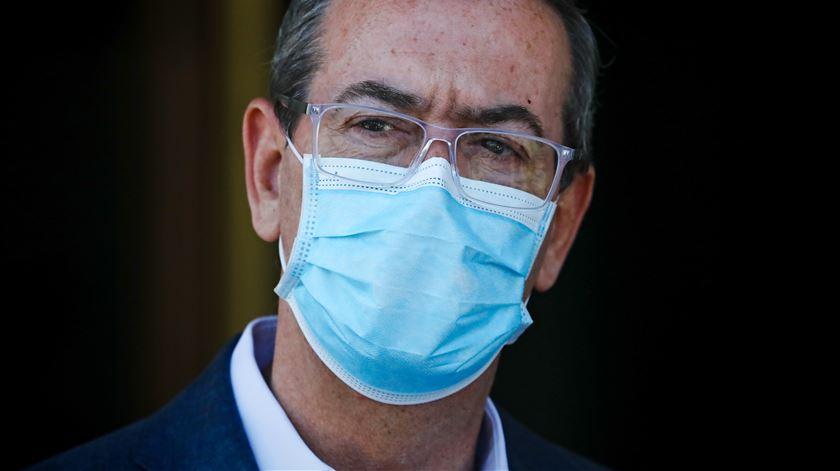 """Covid-19. Bastonário dos Médicos diz que Amadora-Sintra """"já ultrapassou o limite da sua capacidade"""""""