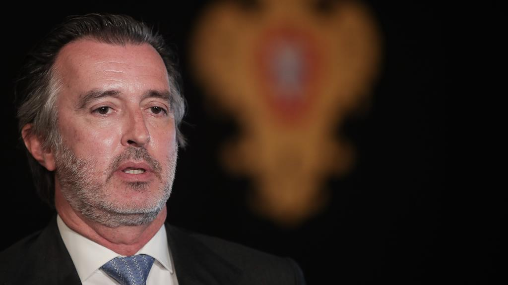 João Cotrim Figueiredo, presidente do Iniciativa Liberal, anunciou este sábado a candidatura de Miguel Quintas. Foto: Mário Cruz/Lusa
