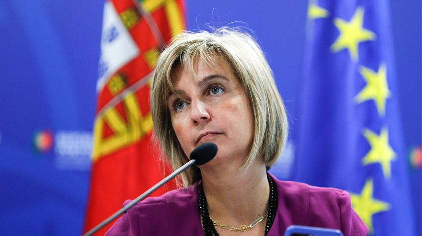 "Suspender visitas aos lares seria ""desproporcional"" nesta fase, diz Marta Temido"