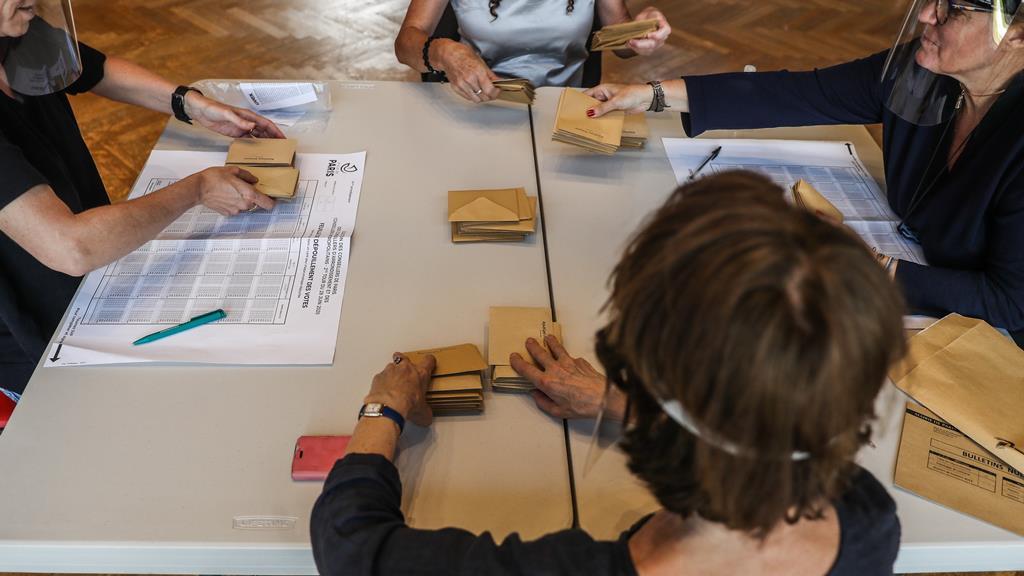 Novas regras dificultam candidatura de grupos de cidadãos. Foto: Christophe Petit Tesson/EPA