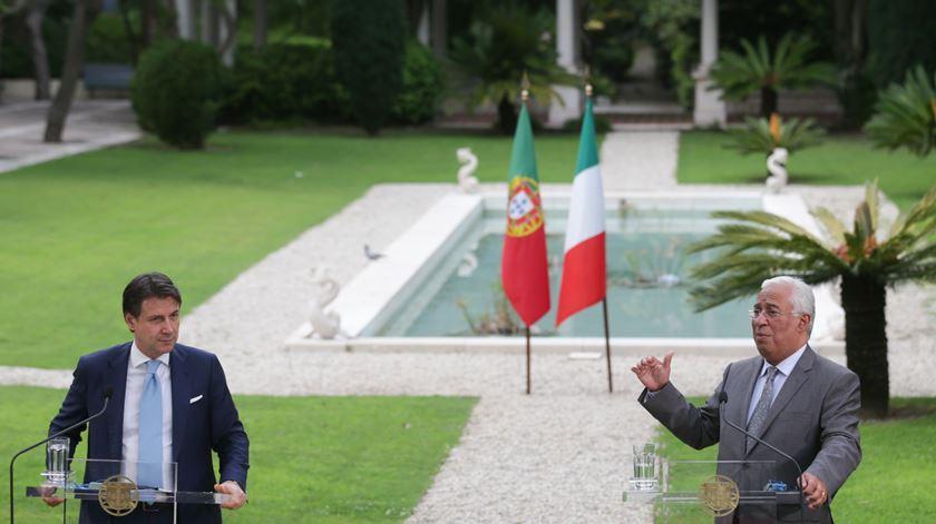 Coronavírus. Costa e Conti avisam que degradação das previsões económicas impõem acordo europeu já