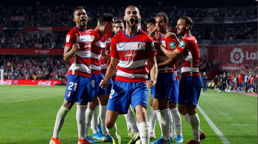 Granada ganha com golo português