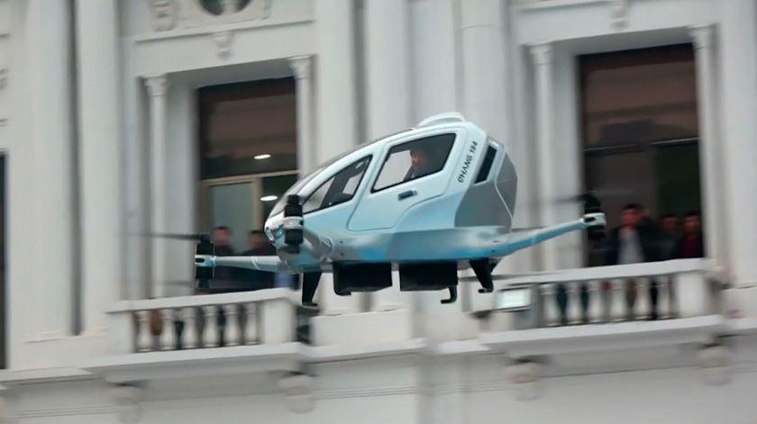 Entrar, escrever a morada e voar. Drone para passageiros testado com sucesso na China