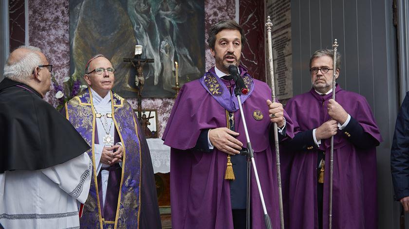 Porta Aberta para Fernando Mendia - Irmandade Senhor dos Passos