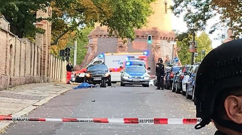 Tiroteio faz dois mortos numa sinagoga na Alemanha. Foto: DR