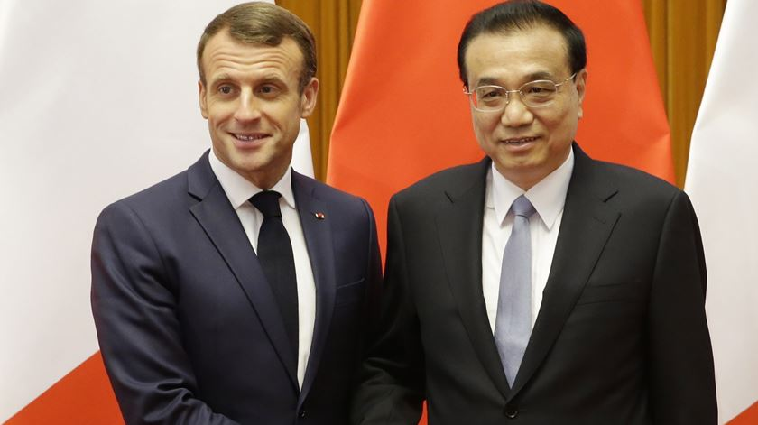 Emmanuel Macron e Xi Jinping pedem 90 mil milhões para combater alterações climáticas