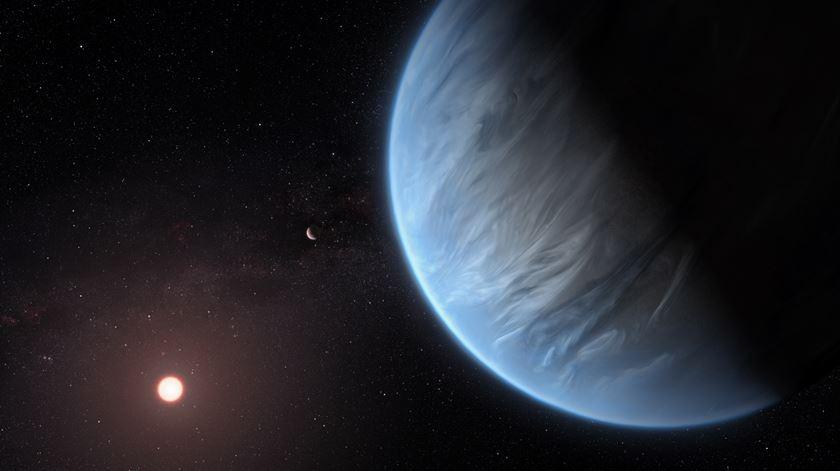 """Detetado pela primeira vez vapor de água em planeta extrassolar em """"zona habitável"""""""