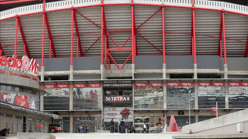 Tribunal Arbitral do Desporto mantém jogo à porta fechada na Luz. Benfica volta a recorrer