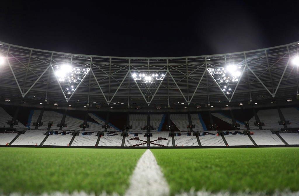 West Ham suspende diretor por comentário racista