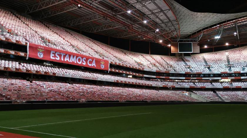DGS. Benfica ainda não fez pedido para ter adeptos na tribuna