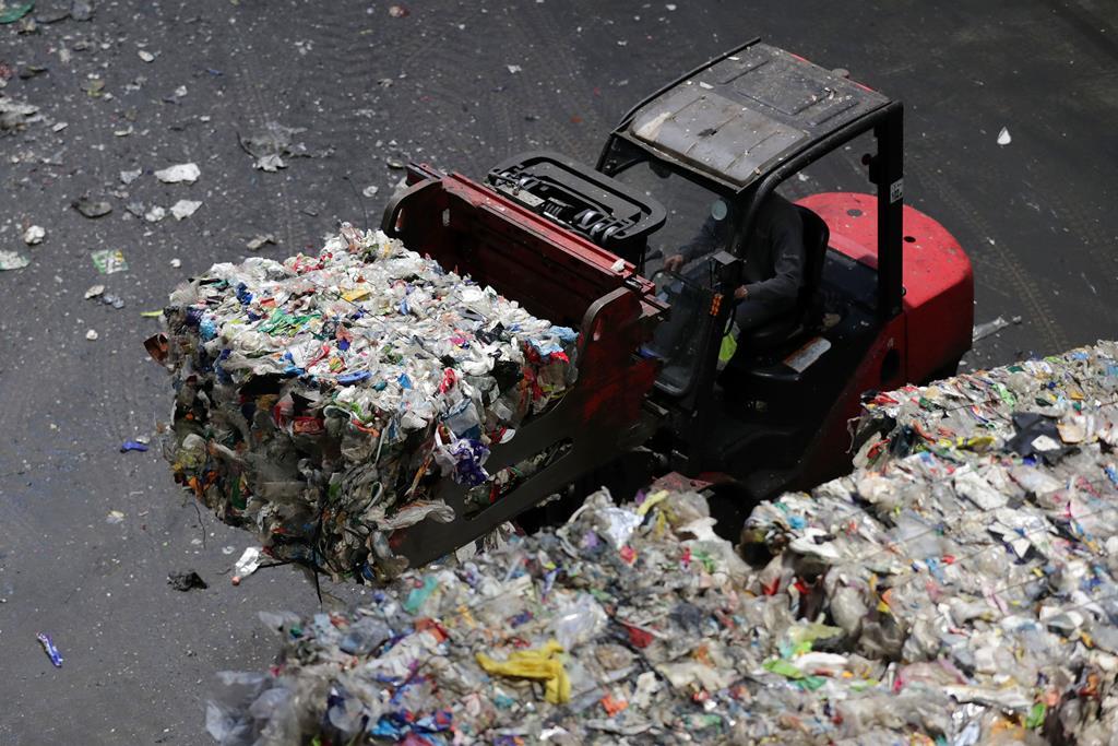 Registou-se uma aumento significativo de reciclagem de embalagens no primeiro ano de pandemia.  Foto: Estela Silva/Lusa