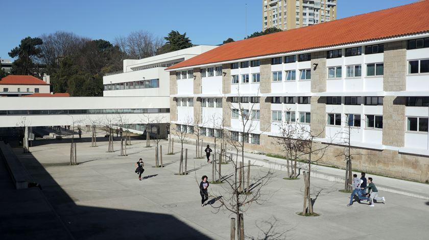 O professor agrediu o aluno? Escola da Régua abre inquérito interno
