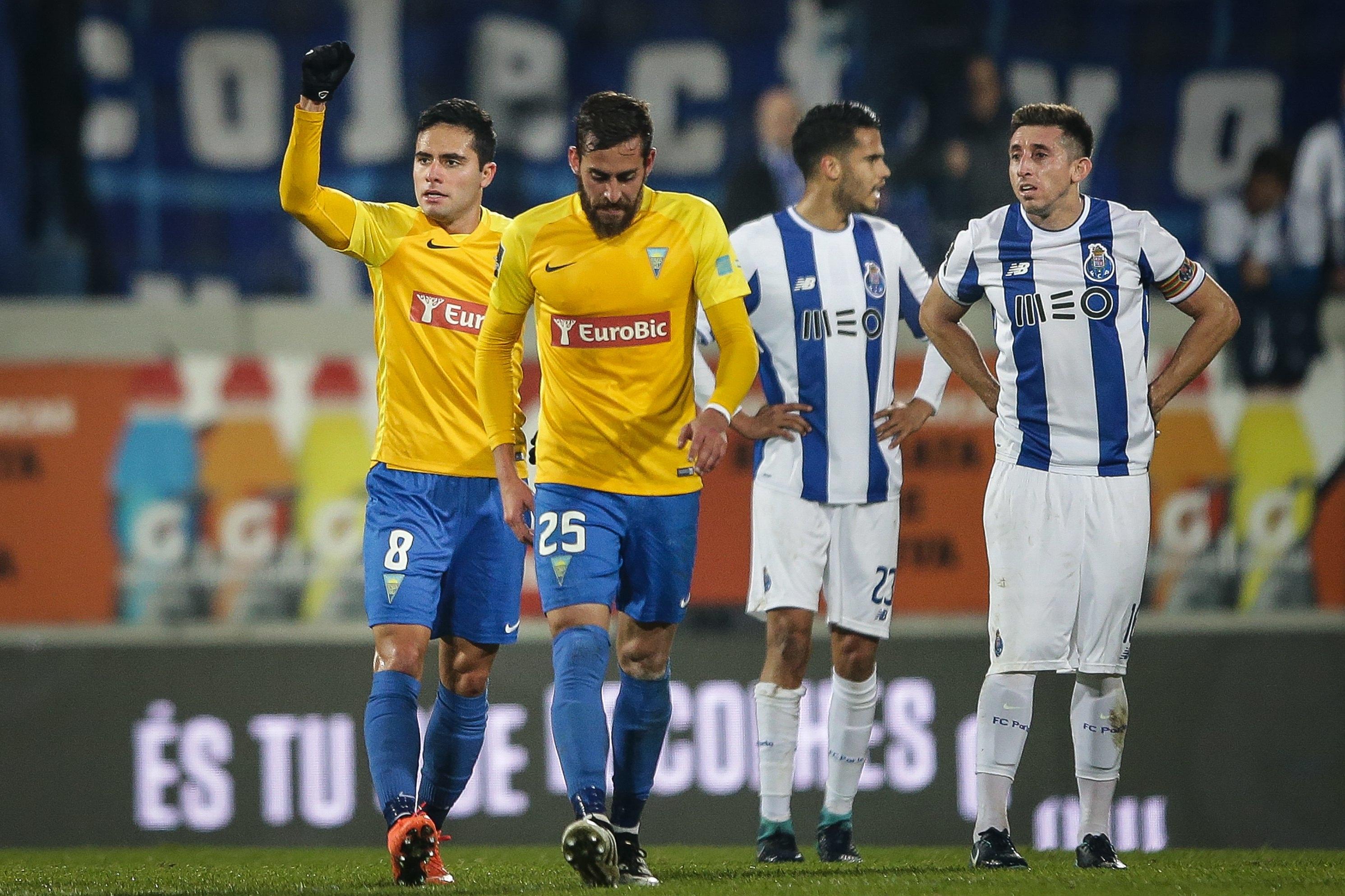 Sporting reage ao golo do FC Porto: