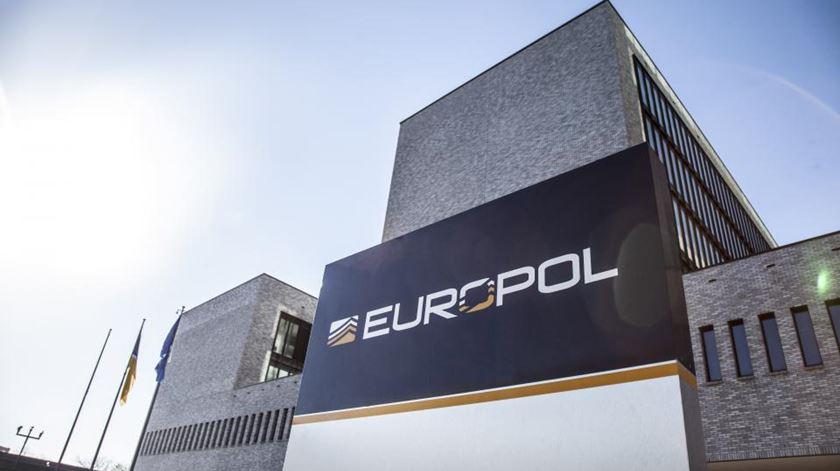 Europol alerta para atividade dos Hammerskins e Escudo Identitário em Portugal