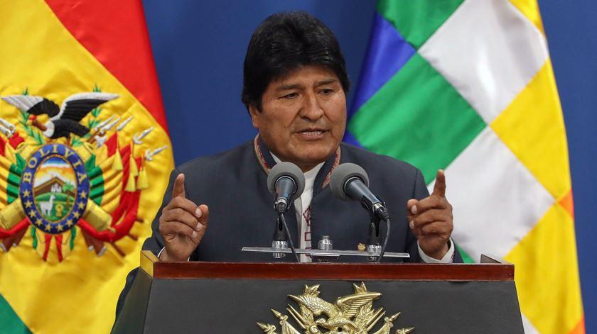 Presidente da Bolívia anuncia novas eleições após suspeitas de fraude