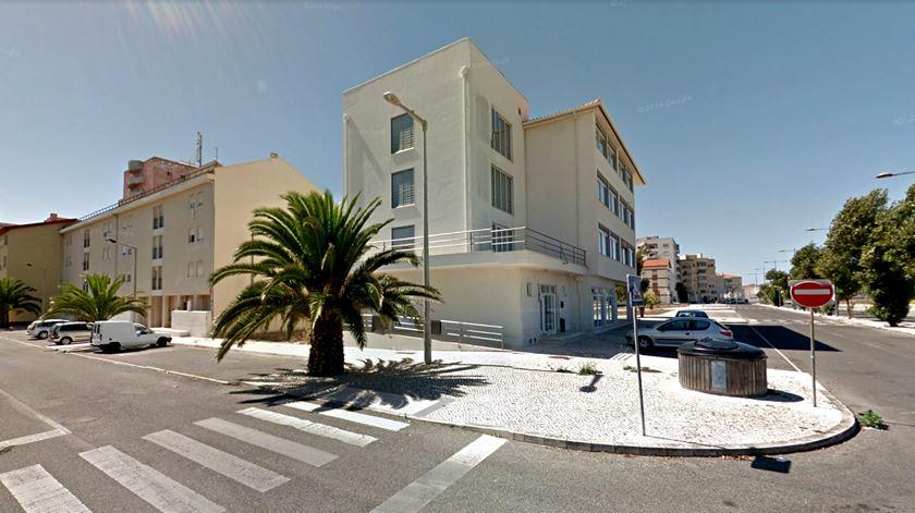 Residência universitária em Peniche antes da explosão desta sexta-feira. Imagem: Google Maps