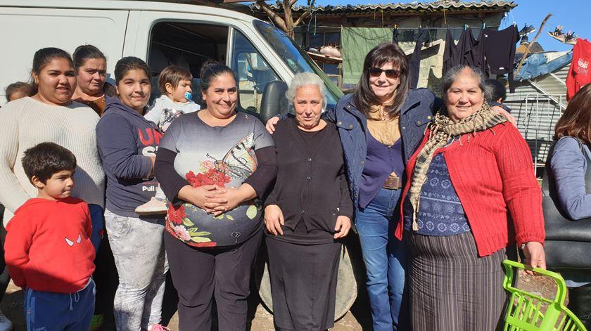 Fátima Castanheira garante que a comunidade cigana de Bragança tem respeitado o dever de confinamento Foto: Olímpia Mairos/RR
