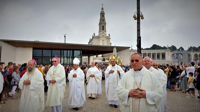 Bispo auxiliar de Lisboa, D. Daniel Henriques, presidiu à peregrinação aniversária de julho. Foto: Olímpia Mairos/RR