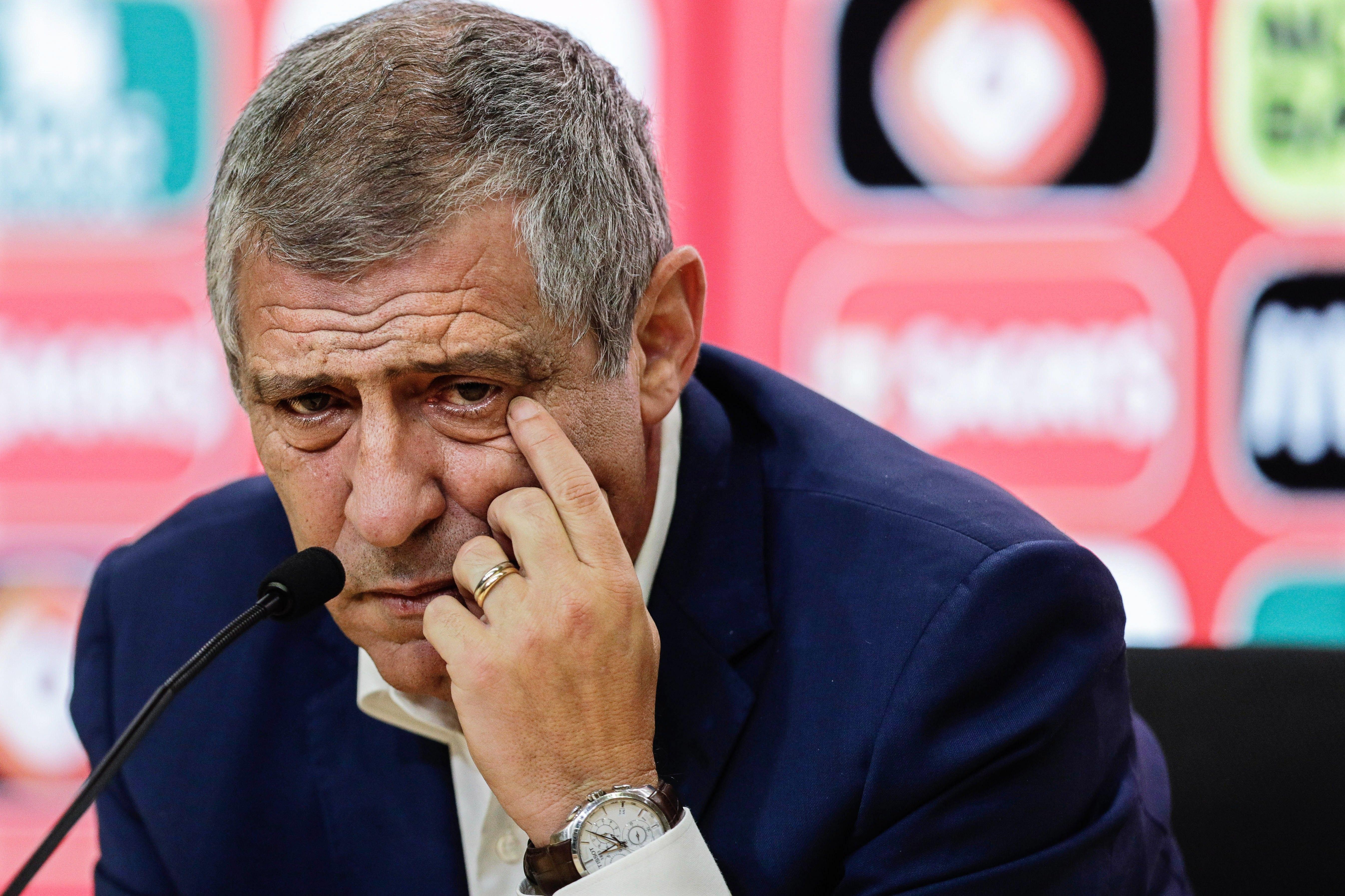 Portugal perde 3-0 com a Holanda