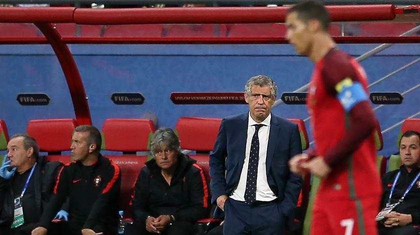 """Fernando Santos tira foco a Ronaldo. """"Estamos num Mundial, isto não é um jogo individual como o ténis"""""""