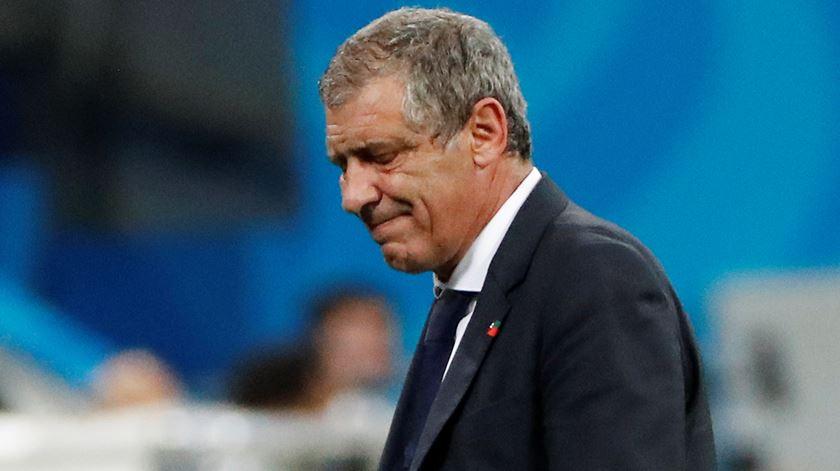 Fernando Santos lamenta que a eficácia do Uruguai tenha suplantado a boa exibição de Portugal. Foto: Jorge Silva/Reuters