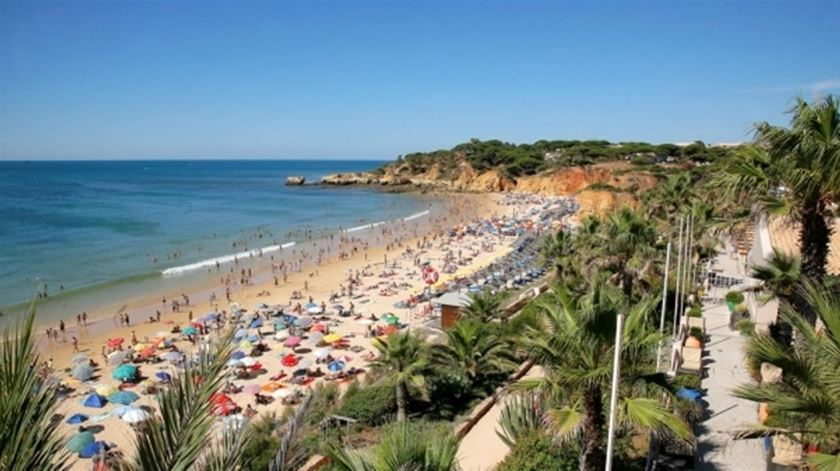 Faro inicia cobrança de taxa turística e espera arrecadar 500 mil euros em 2020