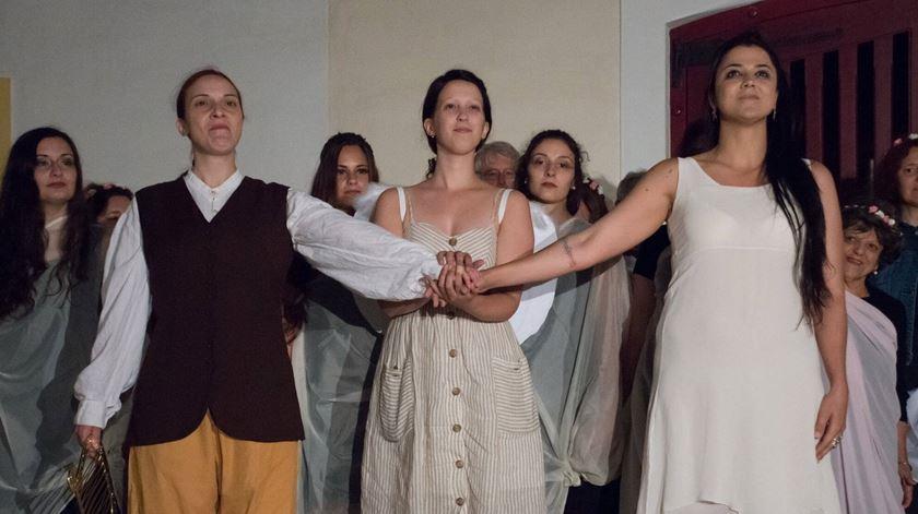 Final feliz na ópera de Christoph W. Gluck encenada pelos jovens eborenses. Foto: Casa Mordado Esporão