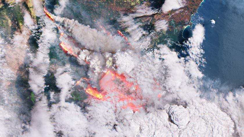 Três mortos em queda de aeronave de combate a incêndios na Austrália