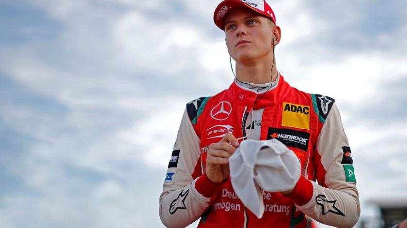 Filho de Michael Schumacher promovido à Fórmula 2