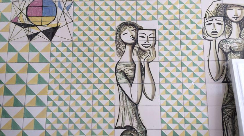 Parede de azulejos de Maria Keil Foto: João Cunha/RR