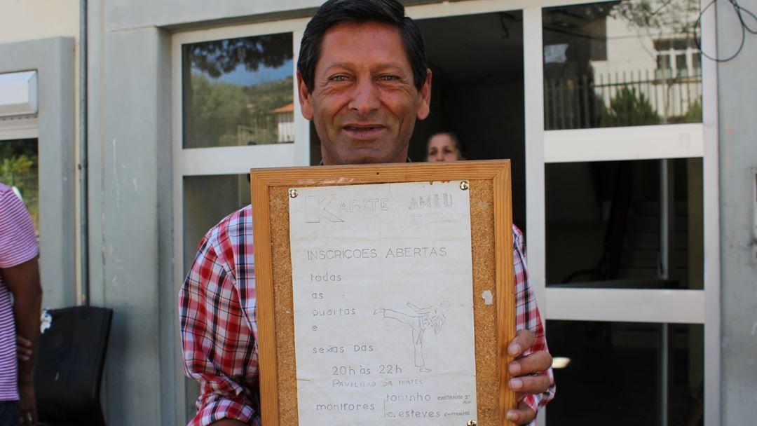 António Cardoso tem o 9º ano e quer recuperar os estudos. Entretanto, dedicou-se ao Karaté. Foto: Liliana Carona/RR