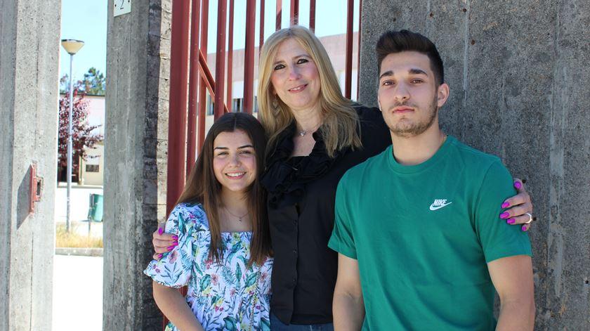 Agrupamento escolar de Aguiar da Beira é uma família, onde os alunos ligam aos professores para tirar dúvidas
