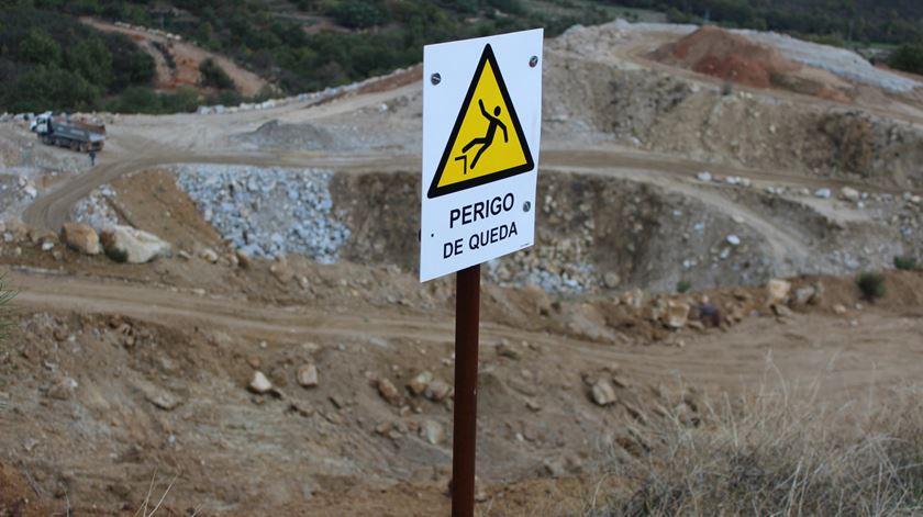 Explorações Feldspato em Gonçalo. Foto: Liliana Carona/RR