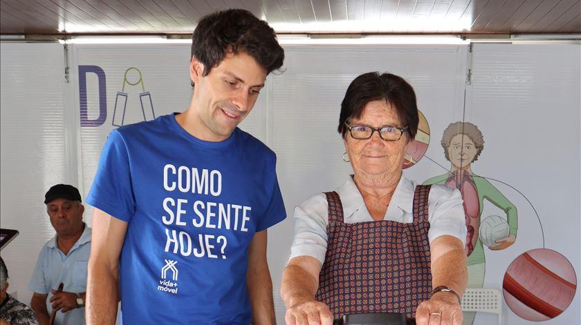 Carrinha vai percorrer aldeias para saber como se vive no meio rural - reportagem de Liliana Carona
