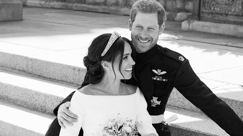 Palácio real confirma. Meghan e o príncipe Harry vão ser pais