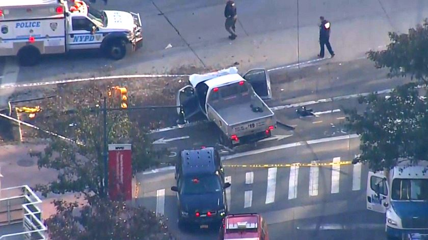 Terrorismo em Nova Iorque. Carrinha faz pelo menos oito mortos e vários feridos