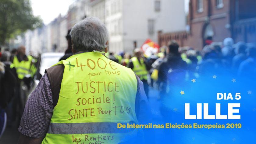 """Coletes amarelos, 26.ª semana. """"Descontentamento pode fazer Le Pen crescer em França"""""""