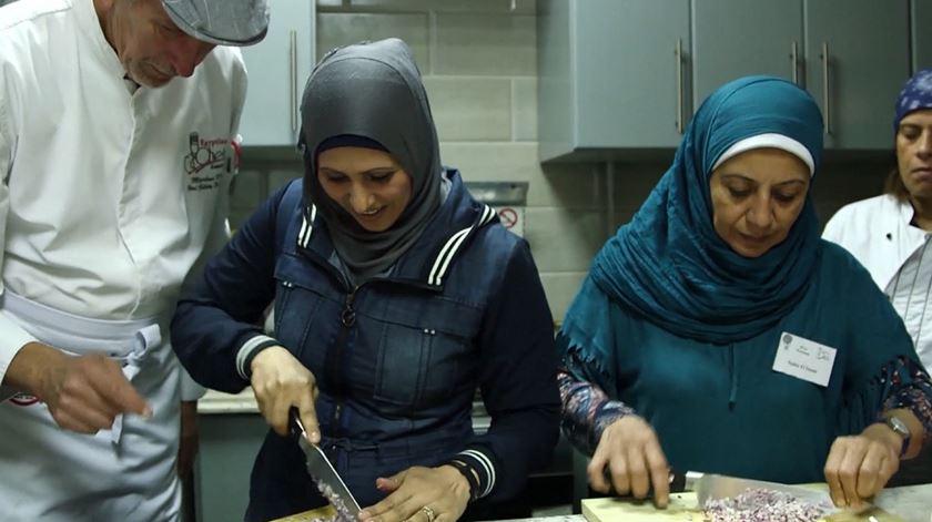 Refugiadas. Um curso de cozinha que ajuda à integração