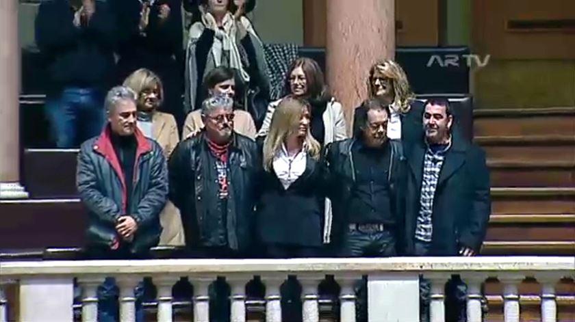 A homenagem do Parlamento a Zé Pedro, com Xutos e familiares na galeria