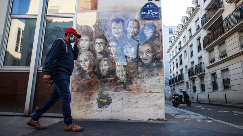 França regista mais de 8 mil novos infetados e 59 mortos por Covid-19 num dia